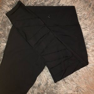 Mesh Lululemon Leggings/Yoga Pants